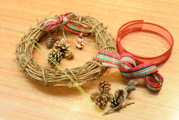 2016-11-20-christmas-wreath-end01