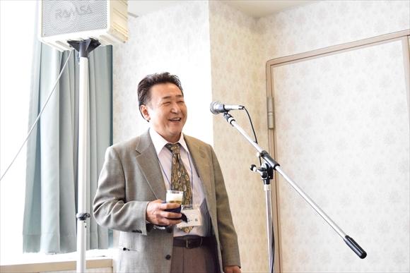 飯島さまより乾杯のご挨拶を頂きました。