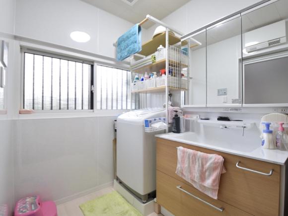昔ながらのお風呂が大変身【TOTOシンラ】浴室・洗面室リフォーム