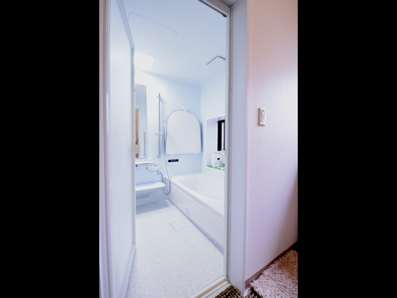 古いお風呂を美しく【TOTOサザナ】浴室リフォーム